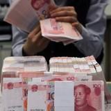 """Trung Quốc """"tháo"""" 10,67 tỷ USD khỏi thị trường"""