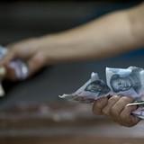 Trung Quốc hạ tỷ giá đồng nhân dân tệ phiên thứ 5 liên tiếp