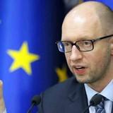 """Quốc hội Ukraine quyết """"ăn miếng trả miếng"""" cấm vận với Nga"""