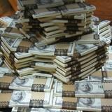 Để trả nợ một tỷ USD, số tiền chồng lên sẽ cao bao nhiêu?