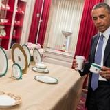 Mỹ lo ngại an ninh khi khách sạn biểu tượng rơi vào tay Trung Quốc?