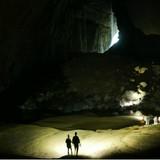 [Ảnh] Các đại sứ chụp gì trong hang Sơn Đoòng?