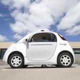 """Cuộc """"đại chiến"""" giữa Apple và Google về công nghệ xe tự lái"""