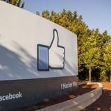 Facebook đã cán mốc 1 tỷ người dùng trong ngày