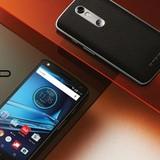 """Motorola ra mắt Droid Turbo 2 có màn hình """"không thể vỡ"""""""