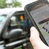 """Công nghệ 24h: Có khi nào Uber, Grab sẽ phải """"gắn mào"""" như taxi bình thường?"""