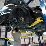 Công nghệ 24h: Sửa xe có cần chính hãng không?