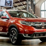 Honda CR-V 2017 thay đổi nhỏ bên ngoài, thay đổi lớn bên trong