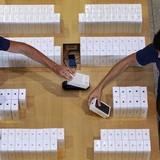 Làm thế nào để không mua phải những chiếc iPhone 7 chạy chậm?