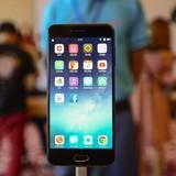 """[Ảnh] Thực tế mẫu smartphone """"chất"""" nhưng """"chát"""" mới được ra mắt"""