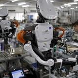 Công nghệ 24h: Robot đã khiến 80% công nhân ở một doanh nghiệp tại Hà Nội mất việc