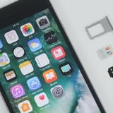 """Công nghệ 24h: Người dùng iPhone """"lock"""" xôn xao vì SIM ghép bị Apple vô hiệu hóa"""