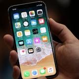 Công nghệ 24h: Apple Store không thể giải tán đám đông người Việt xếp hàng mua iPhone X