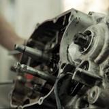 Năm 2013, ngành công nghiệp chế biến chế tạo hồi phục đáng kể