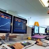 Chứng khoán 24h: Các đồng tiền châu Á đồng loạt phục hồi mạnh, khối ngoại tiếp tục mua ròng BVH