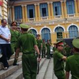 Phiên tòa sáng 17/8: Luật sư Phan Trung Hoài mong đây là phiên tòa hy vọng