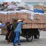 <span class='bizdaily'>BizDAILY</span> : Biến động tỷ giá: Lo ngại hàng Trung Quốc giá rẻ ồ ạt vào Việt Nam