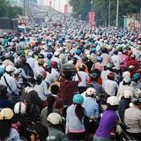 """Giao thông Việt Nam: Vì sao tốn vốn """"khủng"""" mà vẫn lạc hậu?"""