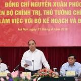 """Thủ tướng Nguyễn Xuân Phúc: """"Hoàn thiện thể chế, gỡ bỏ ngay các rào cản để phát triển!"""""""