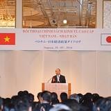 """Thủ tướng mong muốn đưa hàng """"made in Việt Nam"""" sang Nhật nhiều hơn"""