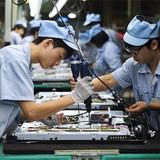 Doanh nghiệp giảm nhập tư liệu sản xuất: Không hẳn đáng lo?