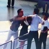 Chính thức cấm bay 2 nam hành khách đánh nữ nhân viên hàng không