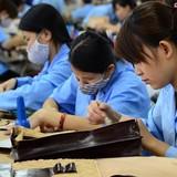 """Năng suất lao động Việt Nam """"kém"""" Trung Quốc, Ấn Độ, Singapore... như thế nào?"""
