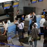 Thứ trưởng Bộ Giao thông: Vẫn được dùng giấy phép lái xe, thẻ đảng viên làm thủ tục đi máy bay