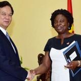 Thủ tướng Nguyễn Tấn Dũng: Sẽ tái cơ ngân hàng yếu kém theo đúng kế hoạch