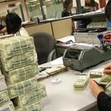 Siết mua bán ngoại tệ, Ngân hàng Nhà nước muốn điều tiết cung cầu?