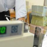 Cuộc đua lãi suất lan rộng: Tội đồ là những ngân hàng yếu kém?