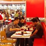 Doanh nghiệp 24h: KFC làm được gì ở Việt Nam?