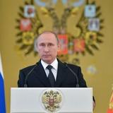 Tổng thống Nga Putin đã ký đạo luật mới chống khủng bố gây tranh cãi