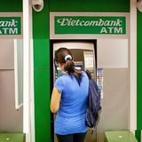 """[Chân dung doanh nghiệp] Vietcombank: Từ """"ông lớn"""" tốt nhất đến nỗi lo của người dùng"""