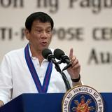 """Đến Bắc Kinh, Tổng thống Philippines """"nói tạm biệt"""" với Mỹ"""
