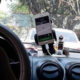 Taxi truyền thống đề xuất cấm đường với Uber, Grab