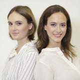 2 cô gái xinh đẹp dùng năng lượng xanh để đào tiền ảo
