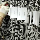 Sự thật đằng sau mảnh giấy kêu cứu của công nhân tại Zara