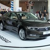 """Ngoài Honda Accord, Toyota Camry lại """"đón"""" thêm đối thủ từ Volkswagen"""