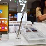 """""""Fan cuồng"""" vẫn lùng mua Galaxy Note 7 xách tay"""