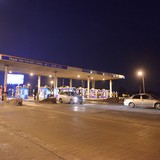 Trạm thu phí quốc lộ 5 vẫn thu phí bình thường dù lái xe phản đối