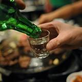 """Nghiêm cấm bán rượu """"tự nấu"""" không giấy phép"""