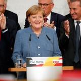 """Đảng cực hữu """"lên ngôi"""" - cơn địa chấn với nhiệm kỳ 4 của Merkel"""