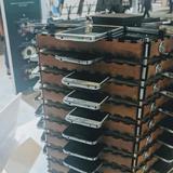 Ghép 40 chiếc Galaxy S5 cũ làm máy đào bitcoin