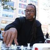 Kỳ thủ Mỹ kiếm 400 USD mỗi ngày nhờ chơi cờ ở công viên