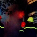 Hà Nội: Cháy lớn tại phòng giao dịch Ngân hàng Quốc Dân
