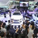 """Thị trường ô tô: Hàn Quốc muốn """"cởi"""", Việt Nam lại """"trói""""?"""