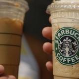 Thị trường tuần qua: Người Mỹ ngán ngẩm Starbucks Việt, VAMA lo về xe hơi nhập