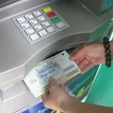 Thêm một ngân hàng cho phép rút tiền tại ATM không cần thẻ