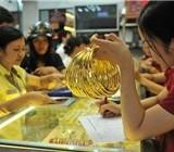 Sáng 30/5: Giá vàng trong nước cao hơn thế giới 4,4 triệu đồng/lượng